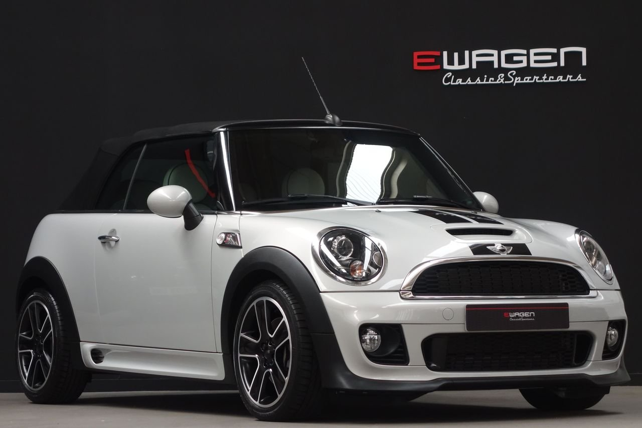 "Mini Cooper S Cabrio John Cooper Works AUT ""Mini Yours"""